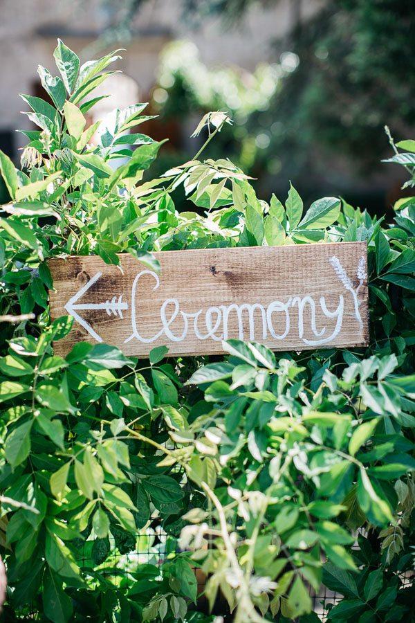 09_wedding_signboard
