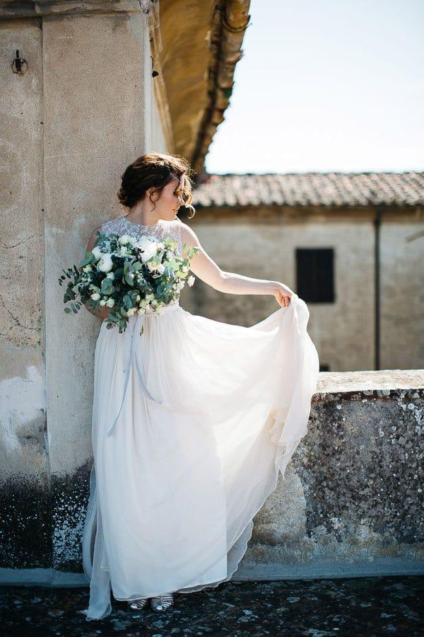 24_wedding_dress