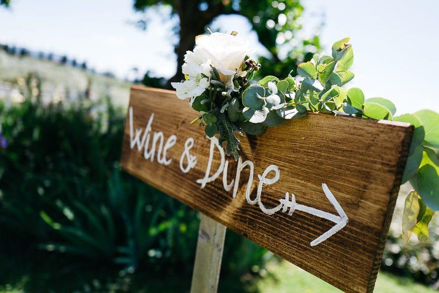 28_wedding_dinner_signboard