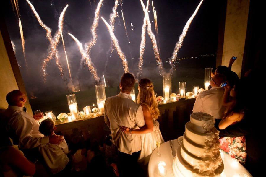 59_wedding_fireworks