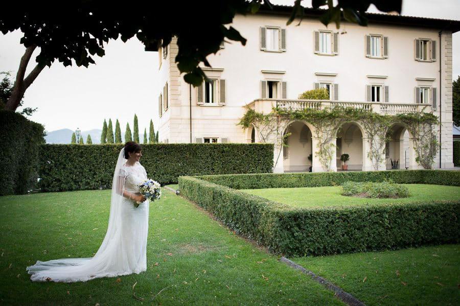 4_bride_garden