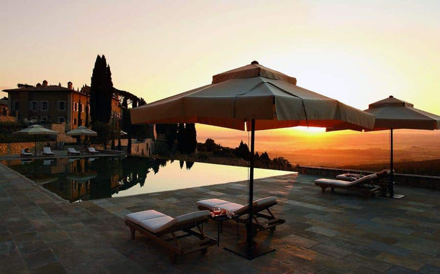 9_CdB - Borgo pool sunset