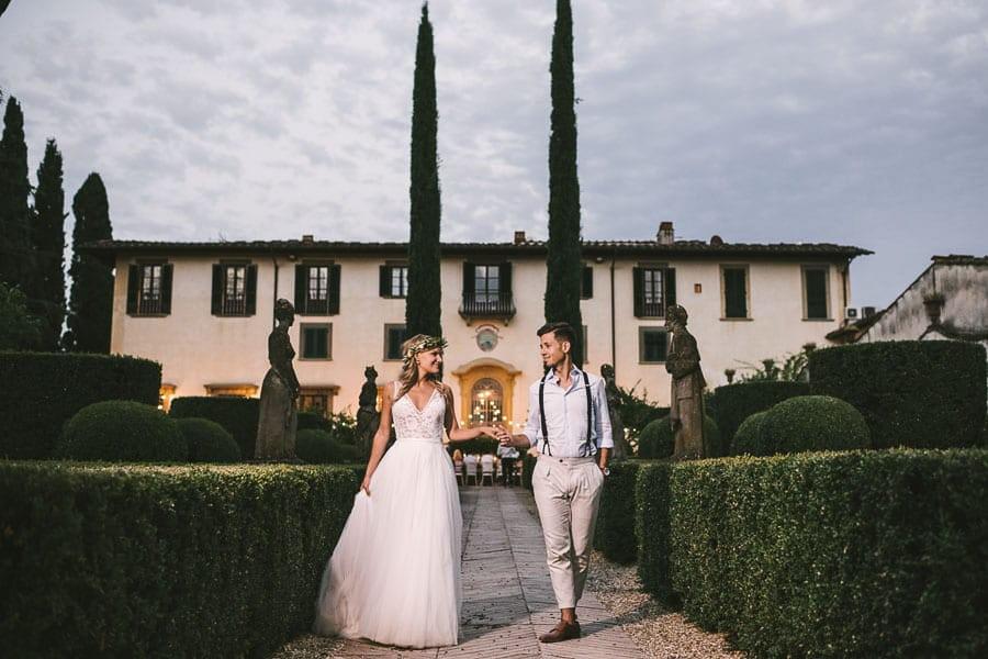 27_bride_and_groom_tuscan_wedding
