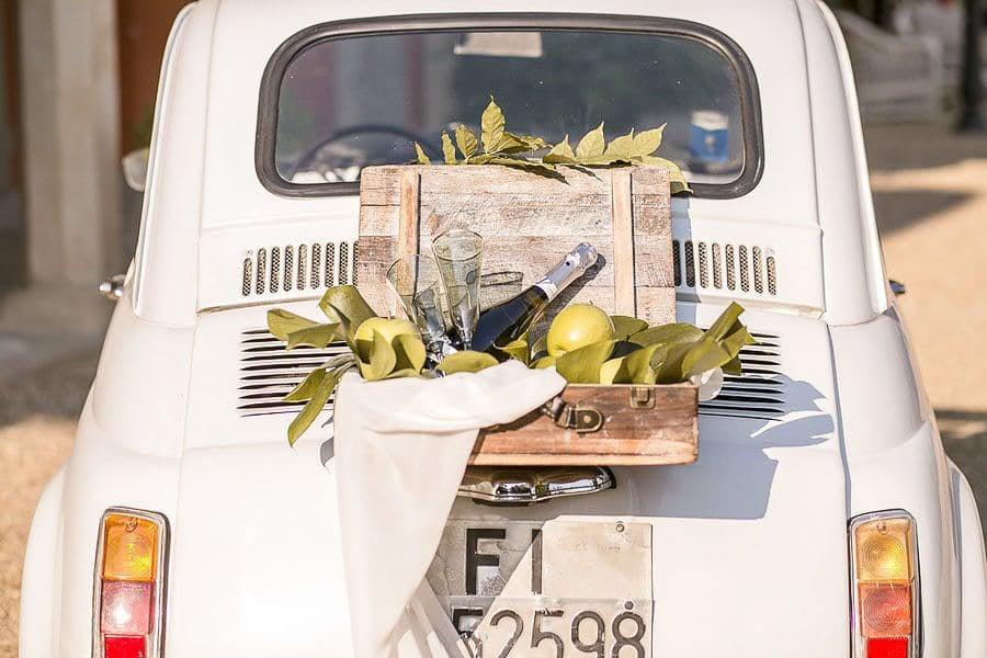 8_wedding_car
