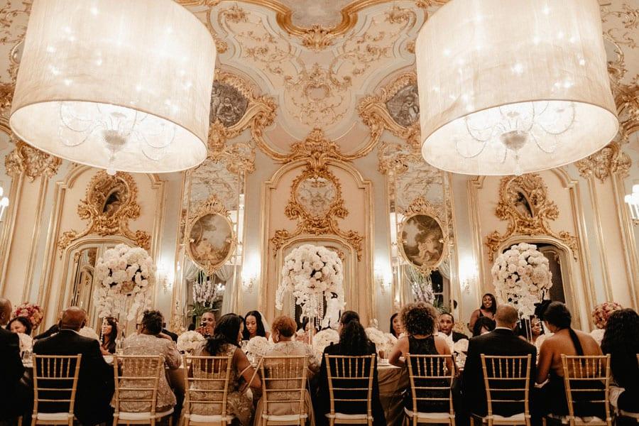 26_wedding_dinner_in_an_amazing_location