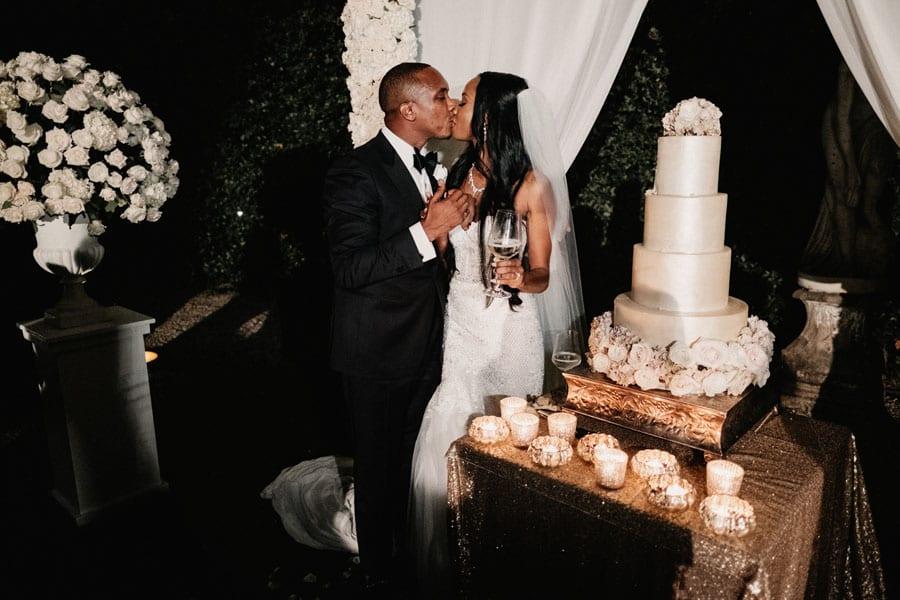 29_cut_of_the_wedding_cake