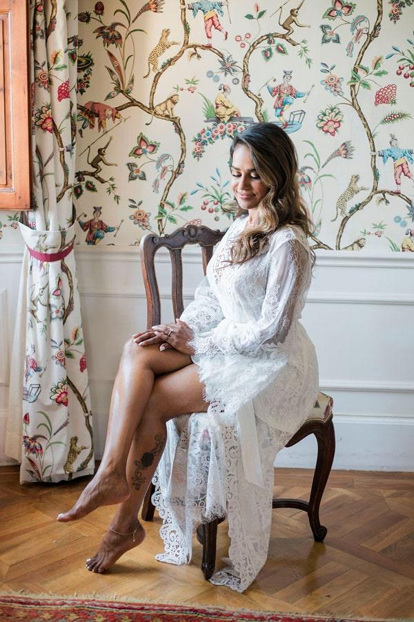 5_bride_getting_ready