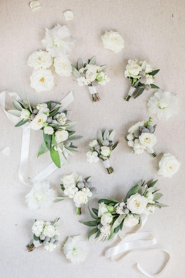 8_wedding_bouttoniere